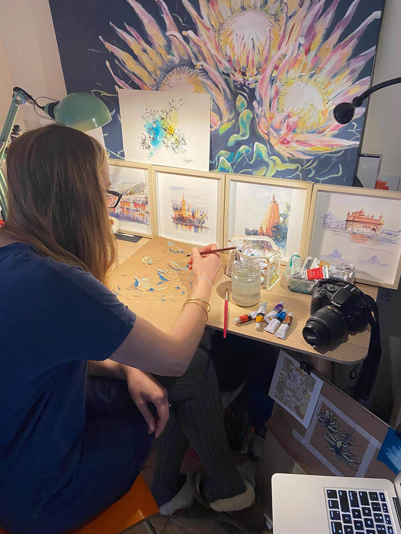 Laura Nicholson - profile picture